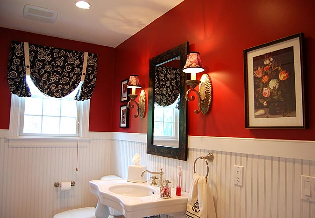 youre-home-custom-interiors_bold-powder-room_01