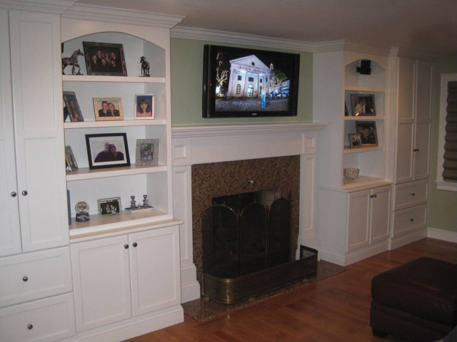 youre-home-custom-interiors_custom-built-in-fireplace-surround_01