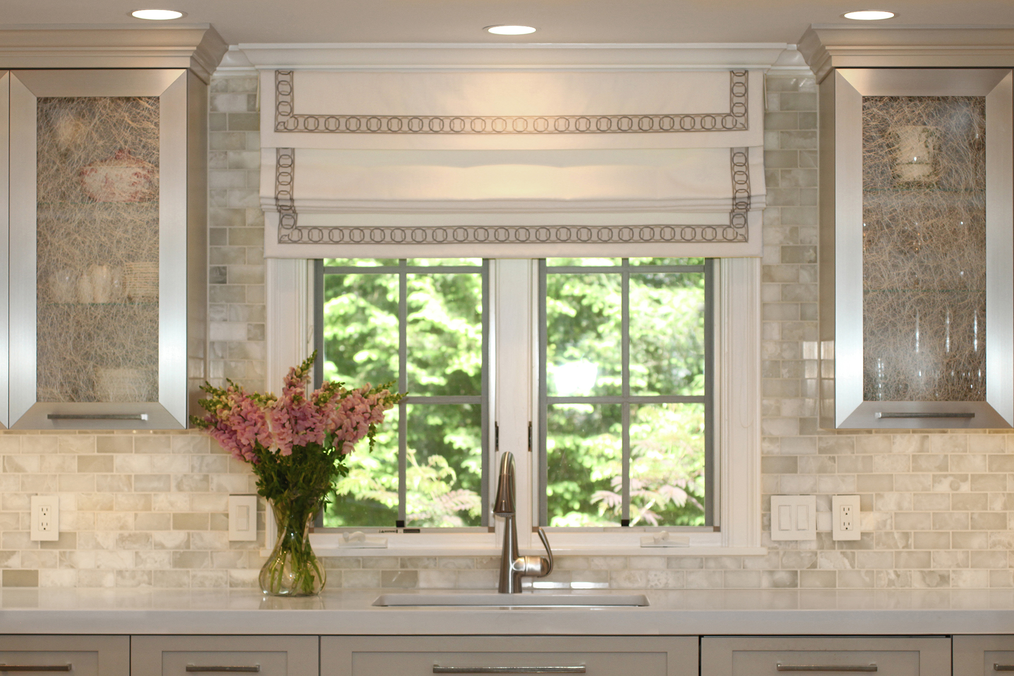 White onyx subway tile backsplash