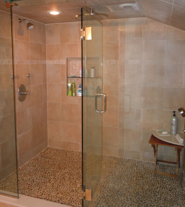 youre-home-custom-interiors_relaxing-bathroom_01CLEANED