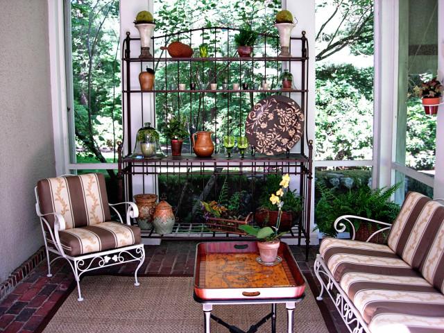 youre-home-custom-interiors_rustic-patio_01